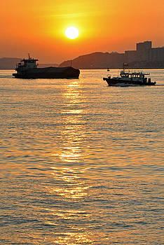 Sunrise at Victoria Harbour by Caroline Reyes-Loughrey