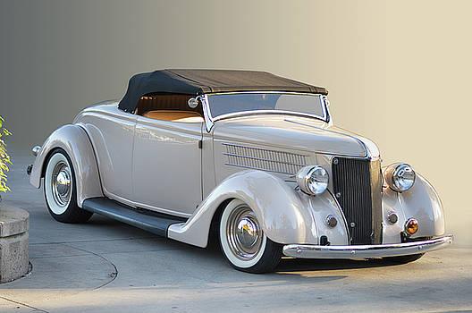 Sunrise Cabrio by Bill Dutting