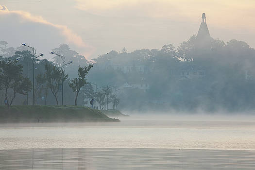 Sunrise in Dalat by Quy  Tran
