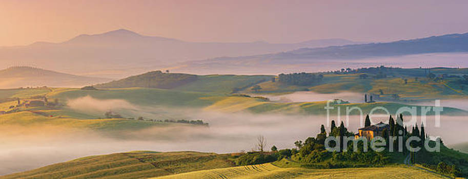 Sunrise in the Tuscany by Henk Meijer Photography