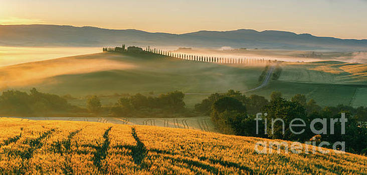 Sunrise in the Tuscany - Italy by Henk Meijer Photography