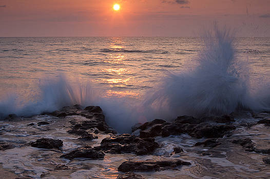 Sunrise Jupiter Beach by Larry Hughes