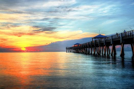Carol Montoya - Sunrise On Juno Pier