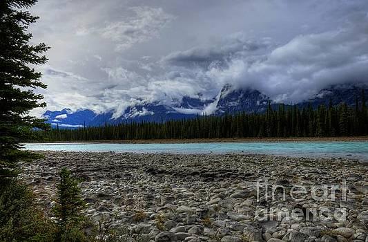 Wayne Moran - Sunrise on the Athabasca Jasper National Park