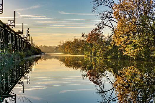 Tim Wilson - Sunrise on the Canal