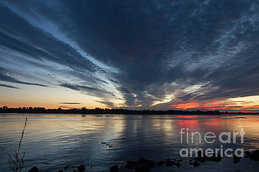 Sunrise on the Columbia by Diana McPherson