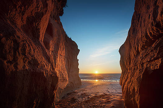 Sunrise On The Rocks by Yves Keroack