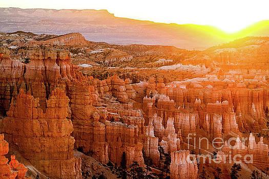 Sunrise Over Bryce Canyon by Benjamin Wiedmann