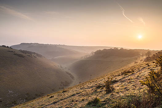 Sunrise over Devils Dyke by Stuart Gennery
