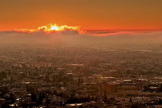 Susan Rissi Tregoning - Sunrise over El Paso