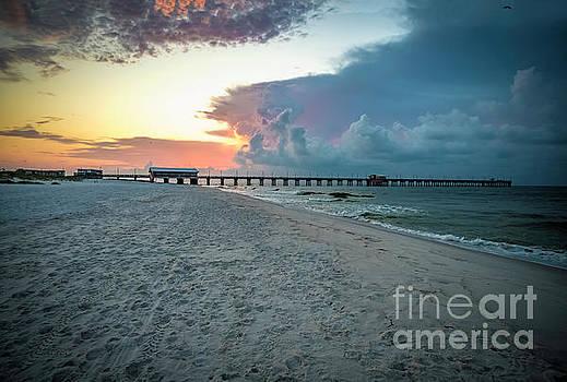 Ricardos Creations - Sunrise Seascape Gulf Shores AL Pier 064A