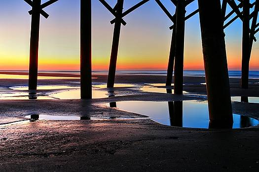Carol Montoya - Sunrise Under Folly Pier