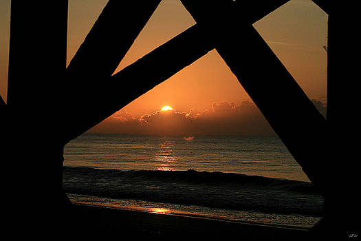 Jason Blalock - Sunrise Under The Pier