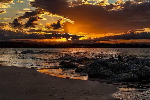 Sunset at Coolangatta by Barbara Dudzinska