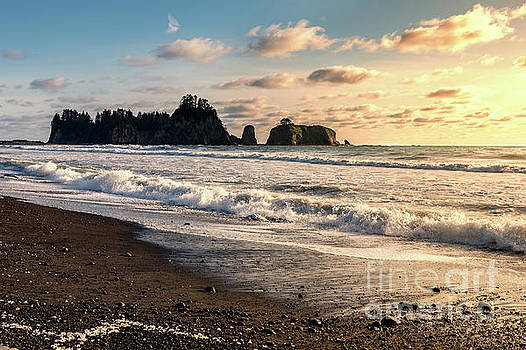Sunset at Rialto Beach in Olympic National Park by Brandon Alms