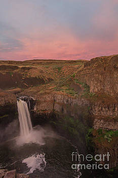 Sunset at the Palouse by Diana McPherson
