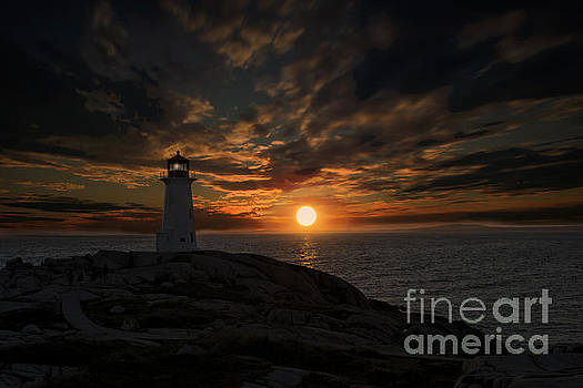Dan Friend - Sunset behind lighthouse at Peggy