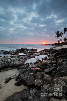 Charmian Vistaunet - Sunset Burst over Kona Hawaii