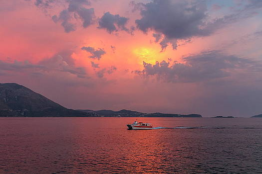 Elenarts - Elena Duvernay photo - Sunset by summer holydays at the sea, Srebreno, Croatia