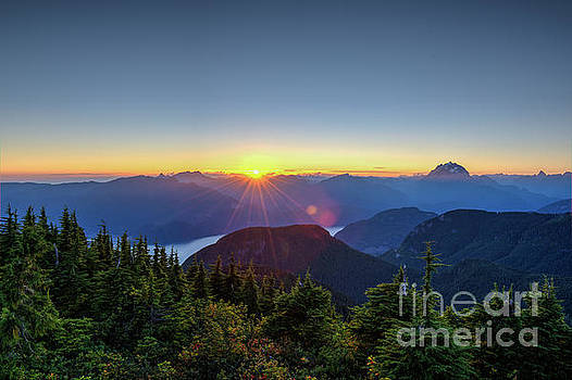 Rod Wiens - Sunset from Mt St Benedict