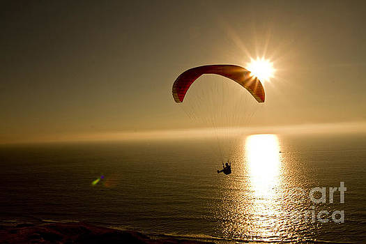 Sunset Hang Glider by Daniel  Knighton