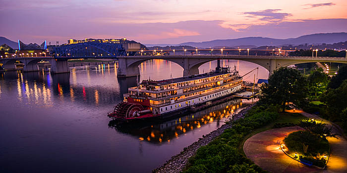 Sunset in Chattanooga by Matthew MacPherson