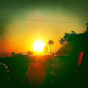 Sunset in MIAMI by Arturo Cisneros