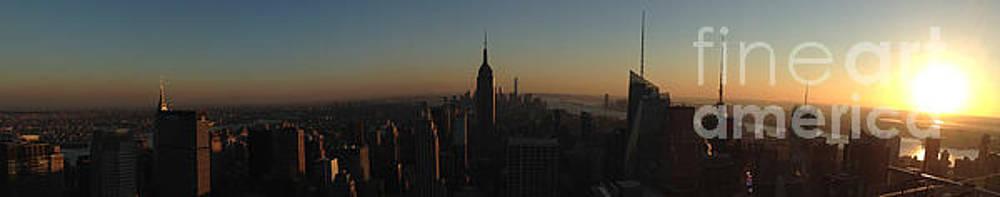 Sunset in New York City by Miryam  UrZa