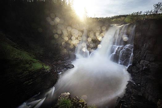 Sunset in the High Falls mist by Jakub Sisak
