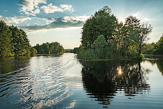 Sunset Islet. Sedniv, 2015. by Andriy Maykovskyi