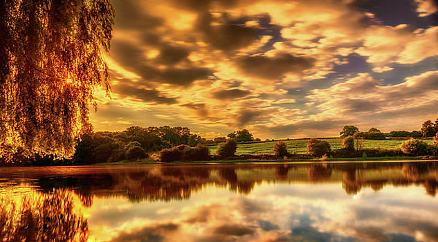 Sunset Lake by Nick Bywater