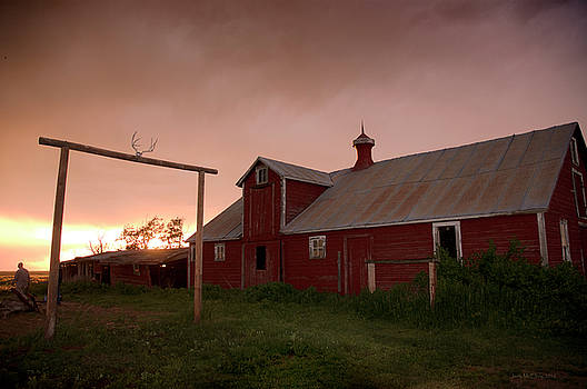Jerry McElroy - Sunset on a Barn