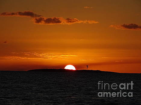 Sunset on Goulding Cay by Lainie Wrightson
