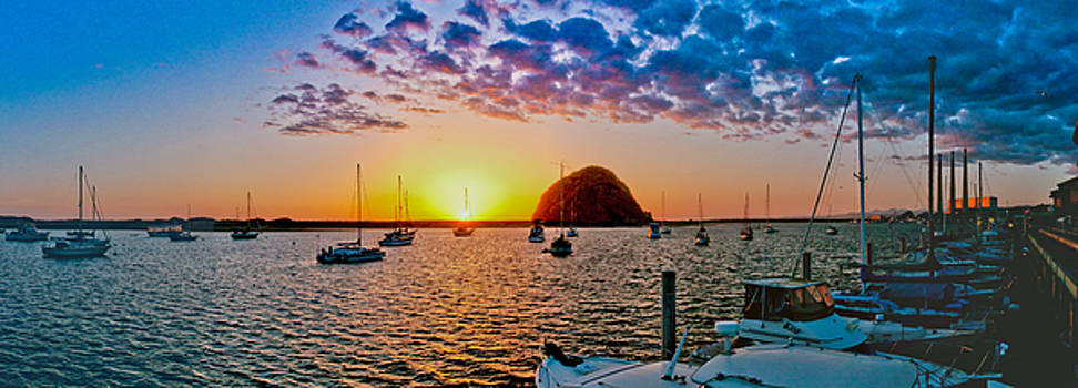 Sunset over Morro Bay by Jorge Guerzon