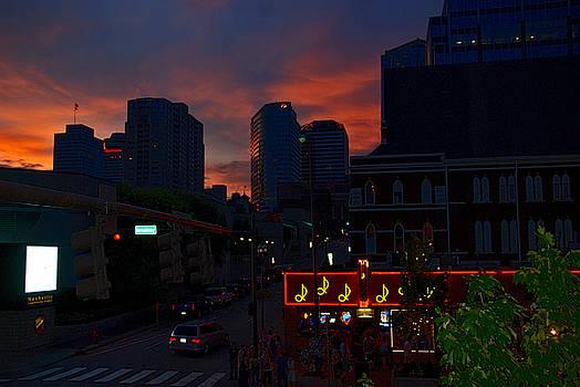 Susanne Van Hulst - Sunset over Nashville