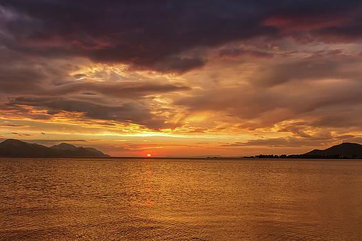 Elenarts - Elena Duvernay photo - Sunset over the sea, Opuzen, Croatia