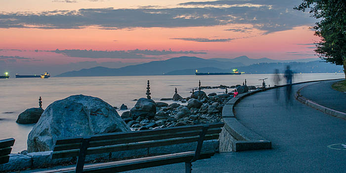 Sunset over the Stanley Park Seawall by Matthew MacPherson