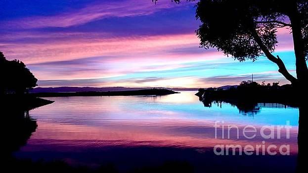 Sunset paradise by Kumiko Mayer