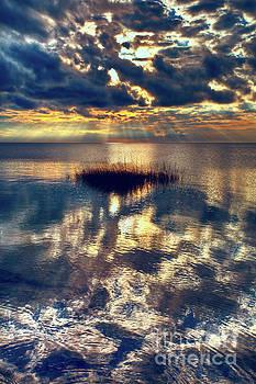 Dan Carmichael - Sunset Sunbeams on Pamlico Sound Outer Banks