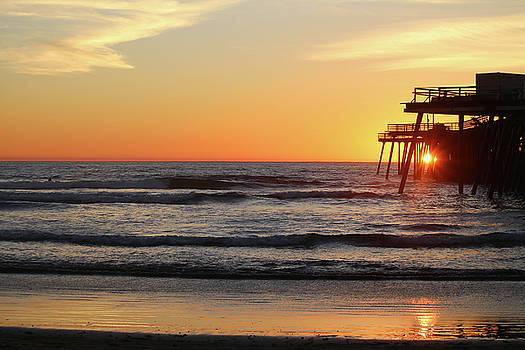 Sunset Through Pismo Pier by Art Block Collections