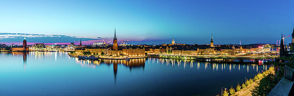 Sunset to blue hour panorama over Gamla Stan in Stockholm by Dejan Kostic