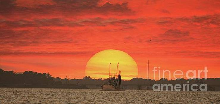 Sunset Trawler by Benanne Stiens