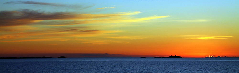 Sunset West of Bergen by Laurel Talabere