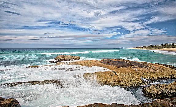 Sunshine Beach, Noosa by Chris Hood