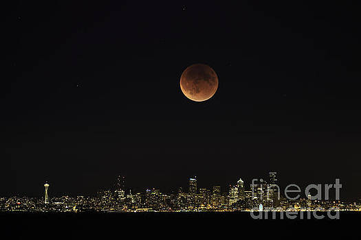 Super Blood Moon over Seattle by Tim Hauf