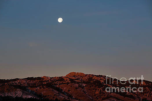 Jon Burch Photography - Super Moon and Horsetooth Rock