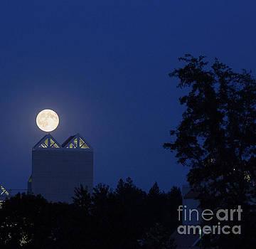 Super Moon over Resort by MaJoR Images