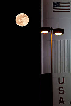 Supermoon And The Rocket by Ron Dubin