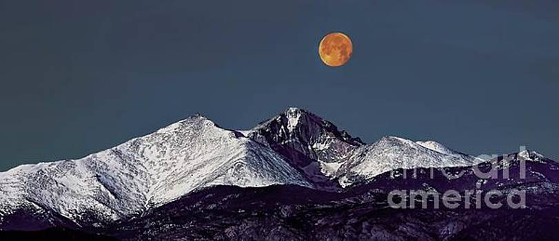 Supermoon Lunar Eclipse Over Longs Peak by Jon Burch Photography