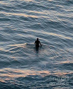 Surf in the Night by Tatyana Binovska